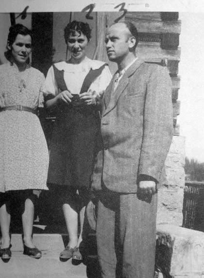 "Osielec in Podhale area, 1948. From right, wearing civilian clothes after 4 years in the forests are: Major Zygmunt Szendzielarz ""Łupaszka"", Lidia Lwow ""Lala"", Wanda Minkiewicz ""Danka"" (""Wiktor's"" wife)"