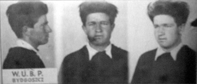 "Roman Korbut nom de guerre ""Karaffa"", Soldier of the Home Army's 5th Vilnius Brigade. He was arrested by the UB (Office of Security) on 3 May 1947 in Bydgoszcz, beating marks visible on his face... hoto taken by W.U.B.P., Bydgoszcz [Pol. Wojewodzki Urzad Bezpieczenstwa Publicznego - Voivodeship Office of Public Security, Polish secret police in Bydgoszcz]."
