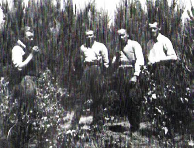 """Garbaty"" and his soldiers in 1950. From left: Adam Kusz ""Garbaty"", Michal Krupa ""Wierzba"", WIktor Pudelko ""Duzy"", Tadeusz Haliniak ""Opium""."