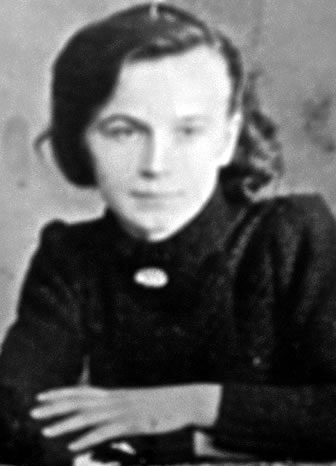 "Elzbieta Kazanecka, nom de guerre ""Basia"". Courier in the AK, served in the NZW after the Soviet entry. In December 1948 she joined the unit of Sergeant ""Cacko"". Killed in combat, during the battle against the operational groups of the UB and KBW on February 8, 1949 in the village of Galki (district of Bodzanow in the province of Plock)."