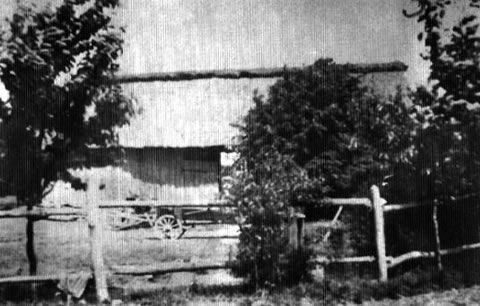 he Lisowski barn in the village of Dabrowka (Nowogrodzie), where the bunker of Captain 'Uskok' was located.